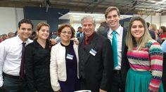 Congresso Regional  Continue Leal a Jeová em Amarelos -  Guarapari - Espírito Santo - Brasil. Família Reunida