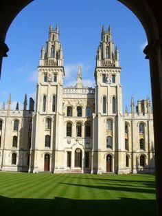 Oxford Best of Oxford, England Tourism - Tripadvisor Cornwall England, Yorkshire England, Yorkshire Dales, Oxford England, London England, British College, England Tourism, Travel Log, Luxury Travel