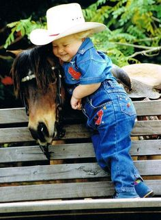 Cute little cowboy loving on his horse. Cowboy Girl, Little Cowboy, Cowboy And Cowgirl, Precious Children, Beautiful Children, Beautiful Horses, Pretty Horses, Young Children, Animals For Kids