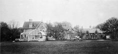 Macpherson, Sir David, 'Chestnut Park', Yonge St., e. side, betw. Roxborough St. & Rowanwood Ave. : Toronto Public Library