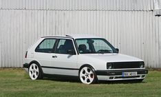 Classic Car News Pics And Videos From Around The World Volkswagen Touran, Vw Classic, Chevy Camaro, Bmw Cars, Mk1, Cool Cars, Golf 1, Custom Metal, Transportation