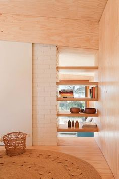 smallspacesblog:  Clare Cousins Architects: Beach House - Mornington love this space