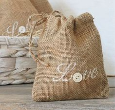 Burlap Wedding Favors!!  Bags at Hobby Lobby in the jewelry department