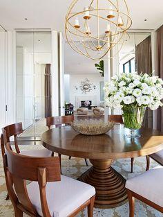 Gorgeous: dining room via Anne Hepfer Designs Dinning Room Tables, Dining Room Design, Dining Rooms, Kitchen Tables, Dining Room Inspiration, Interior Inspiration, Foyers, Sweet Home, Elegant Dining