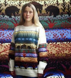 . . . Kaislakerttu Lehtovaara - Maalauksia . . .: Neuleet Fair Isle Knitting Patterns, Knitting Ideas, Christmas Sweaters, Knitwear, Knit Crochet, Diy And Crafts, Vest, Fair Isles, Color