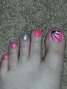Cute toe nails, toe nail art, get nails, toe nail color, pretty toe Toe Nail Color, Toe Nail Art, Nail Colors, Acrylic Nails, Acrylics, Pretty Toe Nails, Cute Toe Nails, Cute Toes, Feet Nail Design