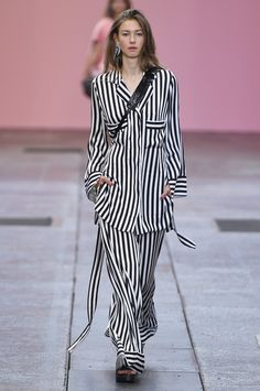 By Malene Birger Copenhagen Spring 2017 Collection Photos - Vogue