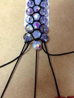 Too Cute Beads: Charlotte's Web - Original Guide for the 3 Strand Shamballa