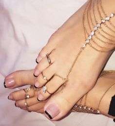 French pedicure designs glitter 38 ideas for 2019 Glitter Pedicure Designs, French Pedicure Designs, Pedicure Nails, Black Toe Nails, Pretty Toe Nails, Pretty Toes, Glitter French Nails, Summer Toe Nails, Pink Toes