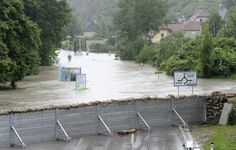 Bulgaria: Central Europe Floods Kill at least 10 Flood Prevention, Flood Wall, Flood Barrier, Water Architecture, Water Rescue, Led Balloons, Underground Homes, Rammed Earth, Home Defense