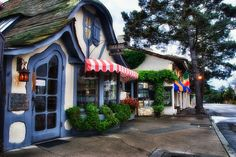 Too early for tea by Jim Nix / Nomadic Pursuits, via Flickr  The Tuck Box in Carmel, Ca