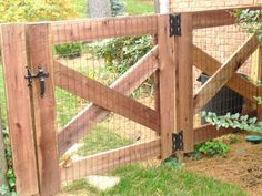 Garden gates for you to drool over and build yourself! These 12 garden gate idea. Garden gates for you to drool over and build yourself! These 12 garden gate Farm Fence, Diy Fence, Backyard Fences, Garden Fencing, Diy Gate, Wood Fence Gates, Pool Backyard, Fence Landscaping, Garden Bed