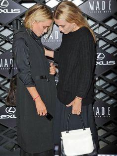 Mary Kate Olsen and Ashley Olsen Ashley Mary Kate Olsen, Ashley Olsen, Celebrity Gallery, Celebrity Style, Olsen Twins Style, Olsen Sister, Classic Chic, Celebs, Celebrities