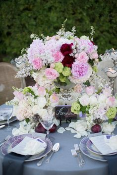 Amazingly pretty wedding centerpiece designed by Janel Gonzalez Events. #wedding #centerpiece http://janelevents.com/