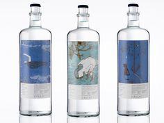 Imagen gráfica para la botella de vidrio retornable de agua de mesa Lunares de Isidro Ferrer.
