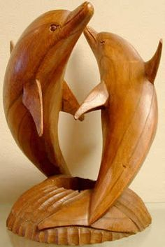 Dremel Wood Carving, Wood Carving Art, Stone Carving, Wood Carving Designs, Wood Carving Patterns, Wood Carving For Beginners, Chicken Crafts, Wood Fish, Driftwood Sculpture