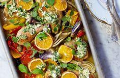 Recept på kyckling i ugn med grönsaker och fetaröra