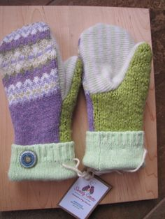SWEATY MITTS - upcycled sweater mittens