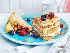 Schwedische Mandeltorte Rezept | LECKER Baker Shop, Sweet Bakery, Dessert Recipes, Desserts, Cakes And More, Cake Cookies, Food Photography, Food Porn, Food And Drink