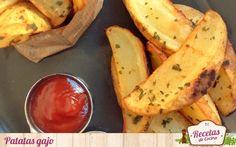 Patatas gajo - Patatas gajo, una idea sencilla para acompañar canes o para picar. Hoy os traemos unas patatas gajo que haremos al horno reduciendo así la cantidad de aceite empleado y añadiendo especias para que gane en sabor.Si hay un alimento consumido en todas las casas es la patata y maneras de hacerla muc... - http://www.lasrecetascocina.com/patatas-gajo/