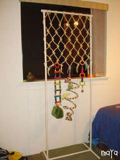 I like the climbing net on the PV frame - MoPa :: View topic - DIY Bird Toys/Recipes