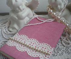 Baule della nonna. Delicatezze in bianco e rosa