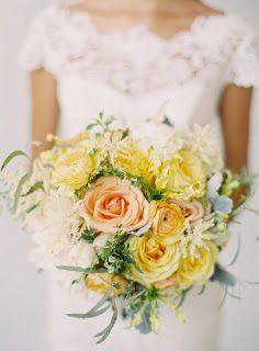 garden rose boquet pastel wedding yellow and peach astilbe dusty miller