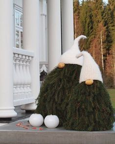 The Most Alluring Scandinavian Christmas Decoration Idea.- The Most Alluring Scandinavian Christmas Decoration Ideas omg these scandi tree gnomes are da bomb diggity! Christmas Gnome, Outdoor Christmas, Christmas Projects, Winter Christmas, Scandinavian Christmas Decorations, Christmas Tree Decorations, Christmas Ornaments, Christmas Trees, Outdoor Decorations
