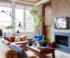 Contemporary Living Room by Trip Haenisch & Associates in Bel Air, California