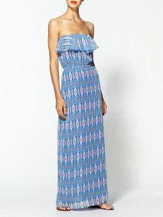 Love the print on this maxi dress
