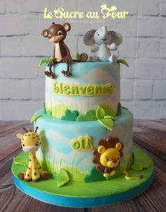 Baby shower jungle themed cake