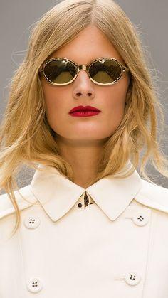 Splash Sunglasses and Siren Red lips on the Burberry S/S13 runway