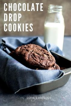 Crispy and delicious Eggless Chocolate Drop Cookies – they are easy to make and perfect to dunk in milk. Add your choice of chocolate chips or nuts. #cookshideout #cookies #chocolate Drop Cookie Recipes, Delicious Cookie Recipes, Best Dessert Recipes, Easy Desserts, Bar Recipes, Yummy Cookies, Kitchen Recipes, Dinner Recipes, Chocolate Chip Cookies