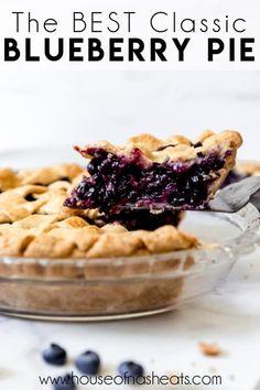 Best Blueberry Pie Recipe, Frozen Blueberry Recipes, Fresh Blueberry Pie, Homemade Blueberry Pie, Blueberry Desserts, Recipes With Frozen Blueberries, Growing Raspberries, Homemade Pie, Easy Pie Recipes