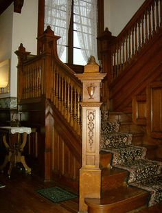 HPIM6730 by ohairas, via Flickr.  these wooden staircases remind me of Iowa.