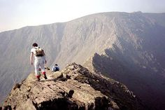 I've done this - Striding Edge, Helvellyn, Lake District #scary