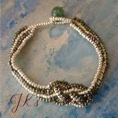 Handmade bracelet with Czech beads and miyuki