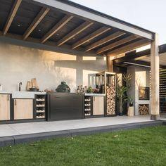 Garden Living, Home And Garden, Diy Gazebo, Outdoor Dining, Outdoor Decor, Backyard Kitchen, Garden Buildings, Pool Houses, Patio Design