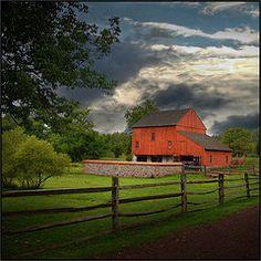 Daniel Boone Barn   ..rh