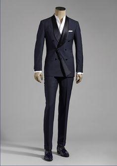 mens suits with Modern Mens Fashion, Mens Fashion Suits, Fashion Outfits, Mens Suits, British Style Men, Black Suit Men, Designer Suits For Men, Tuxedo For Men, Gentleman Style