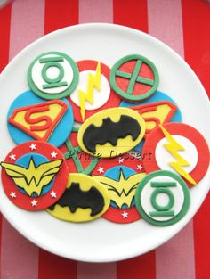 Justice League Edible SUPERHERO Cupcake Toppers -  Super Hero cupcakes -  Fondant cupcake toppers - COMIC BOOK Cupcakes (12 pieces)