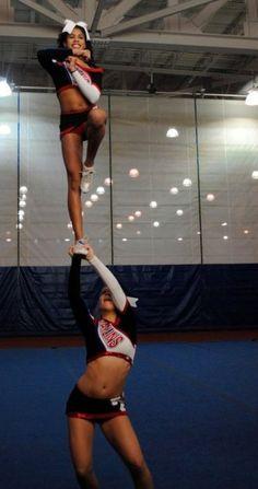 Cheerleading, Cheerleader