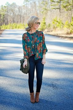 Printed Teal- with great bag and booties