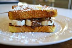You can indulge in this Chocolate-Hazelnut and Banana French Toast sandwich on any weekday! This sandwich comes together in about 10 minutes and is both delicious and filling.
