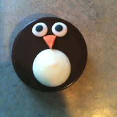Penguin Oreo cookie