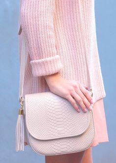 GiGi New York | Bone Kelly Crossbody | The Steele Maiden Fashion Blog