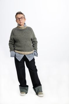 Mette Møller designs simple, feminine clothes for the practical and beautiful woman of today. Simple Designs, Men Sweater, Beautiful Women, Feminine, Sweaters, Summer, Clothes, Fashion, Simple Drawings