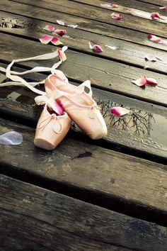Dance Shoes iPhone 4s wallpaper