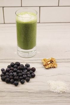 how to make a green smoothie at home