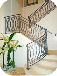 Interior Wrought Iron Staircase Railings and Designs Photo Gallery Wrought Iron Stair Railing, Staircase Railings, Staircase Design, Iron Railings, Staircases, Banisters, Stair Design, Balcony Railing Design, Modern Stairs